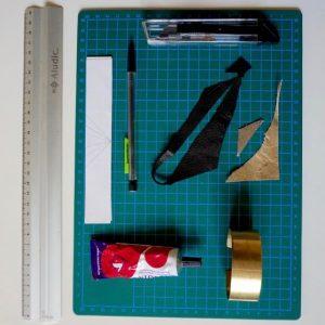 materiel pour un bracelet en laiton et cuir