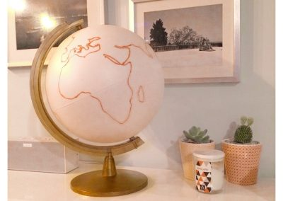 redessinez les continents sur le globe terrestre