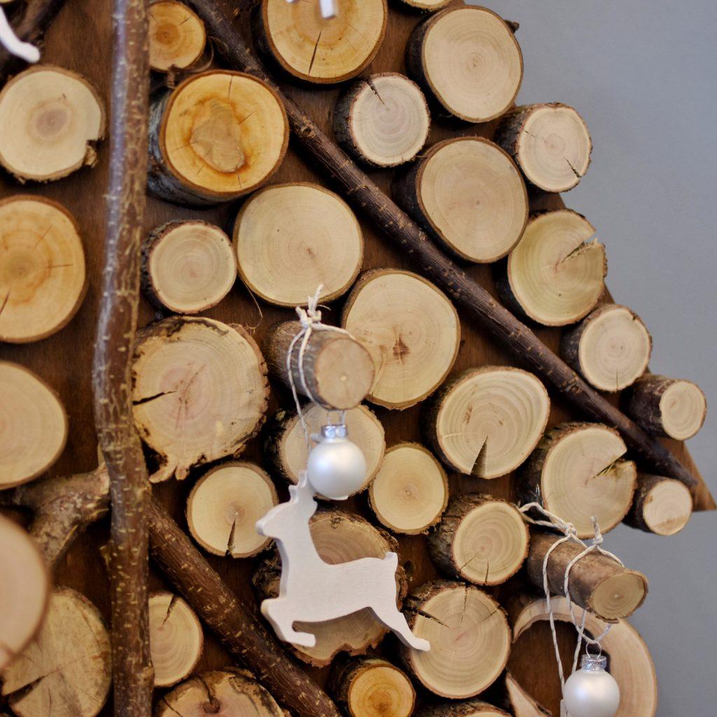 sapin en rondin de bois