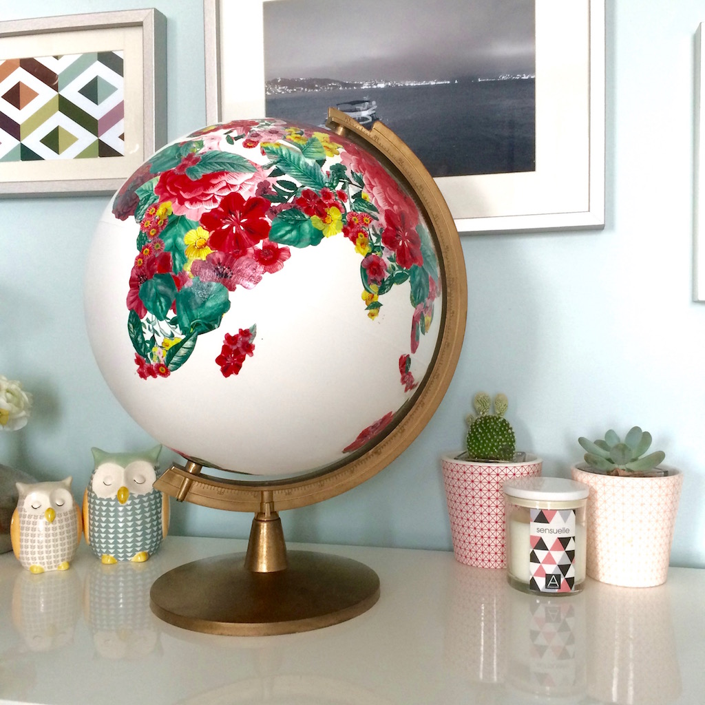 diy recycler un globe terrestre en urne de mariage rock and paper. Black Bedroom Furniture Sets. Home Design Ideas