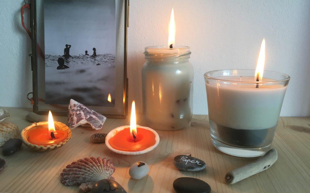 faire des bougies avec des restes de bougie et des coquillages