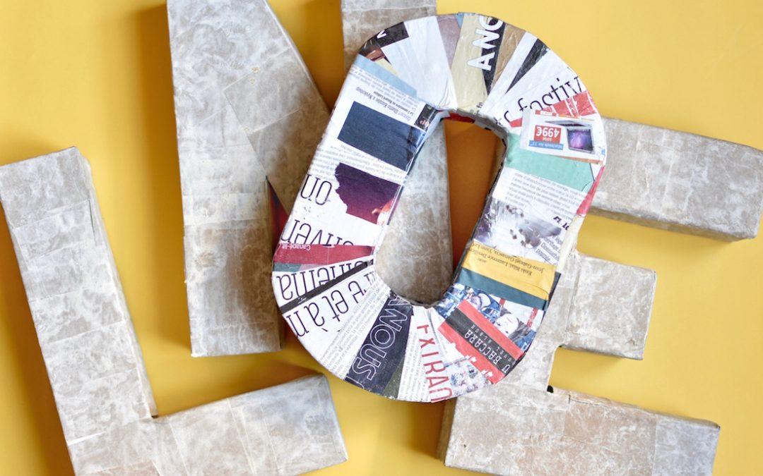 le diy pour faire une lettre en carton 3D pour la décoration des évènements comme un mariage, un anniversaire, ou un seminaire