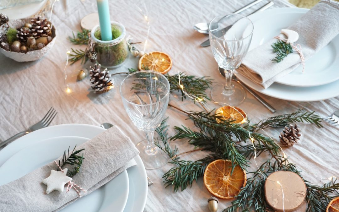 COMMENT DECORER UNE TABLE DE NOEL NATURE ?